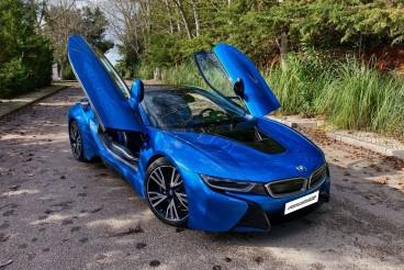 BMW i8 e-Drive Blue Protonic